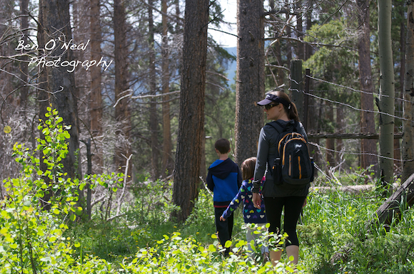 Family Hiking in Colorado | Colorado and Texas Family Photographer